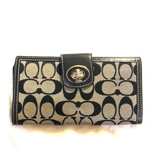 Coach Authentic Multi-Fold Wallet